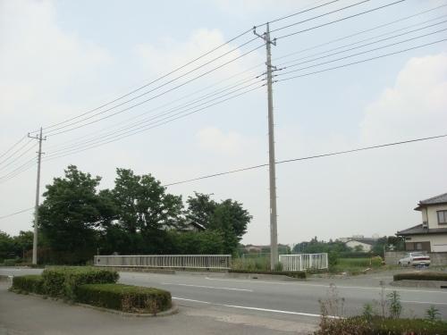 『ろ』とゆー名の蕎麦屋(道路から)